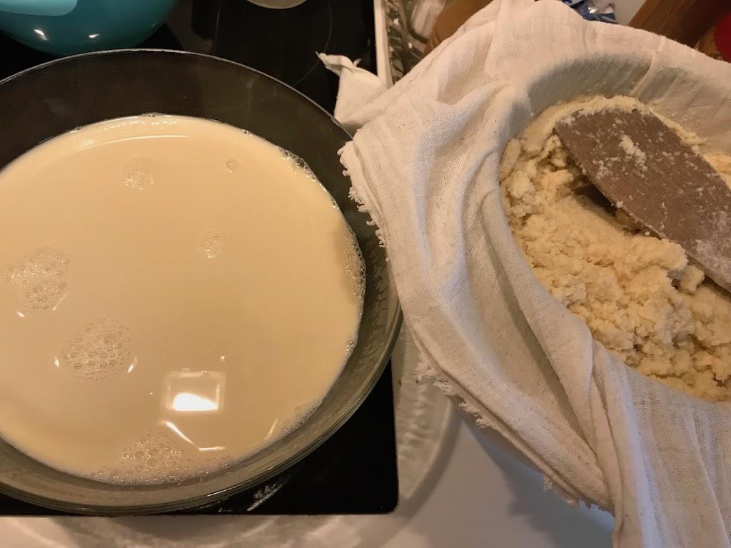 Kotitekoinen tofu ja okara (ja soijamaito)